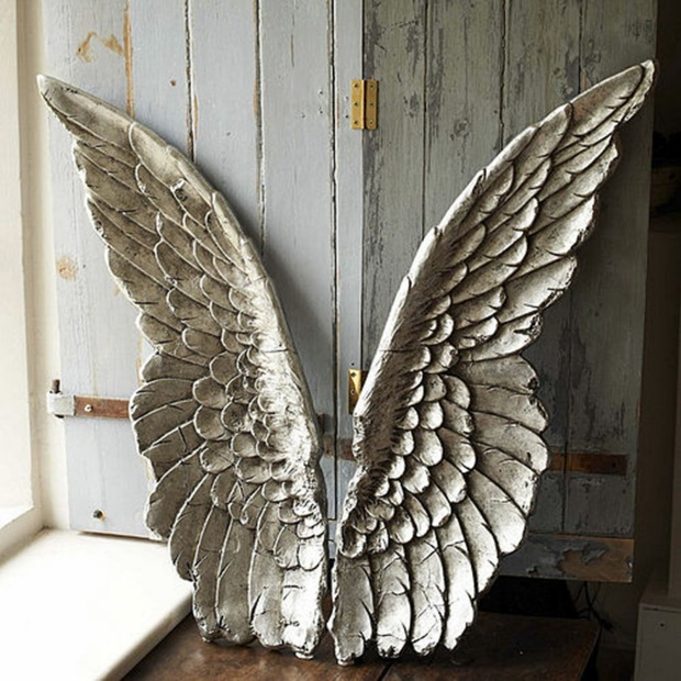 Wooden_Angel_Wings