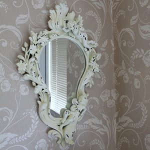cream-cherub-wall-mirror_MM19932