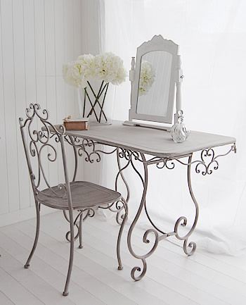 dressing-table-grey-window